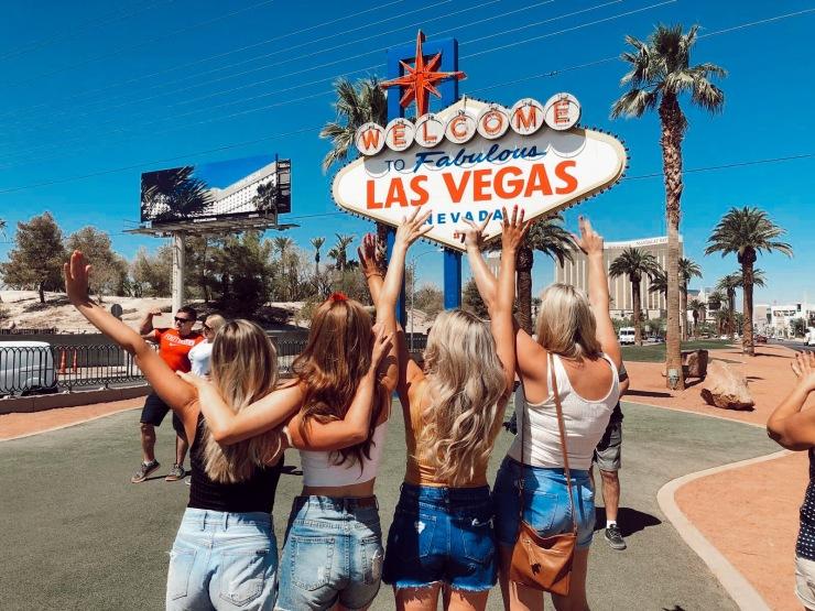 Las Vegas Ola Memoirs