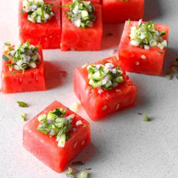 Watermelon-Cups_EXPS_LSBZ18_50594_D01_19_3b-1-696x696