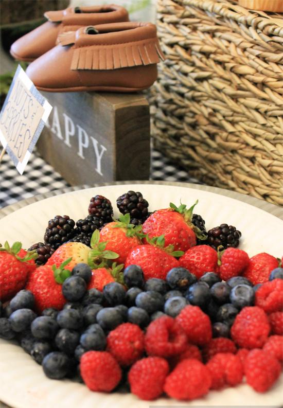 woodland-baby-shower-fruit